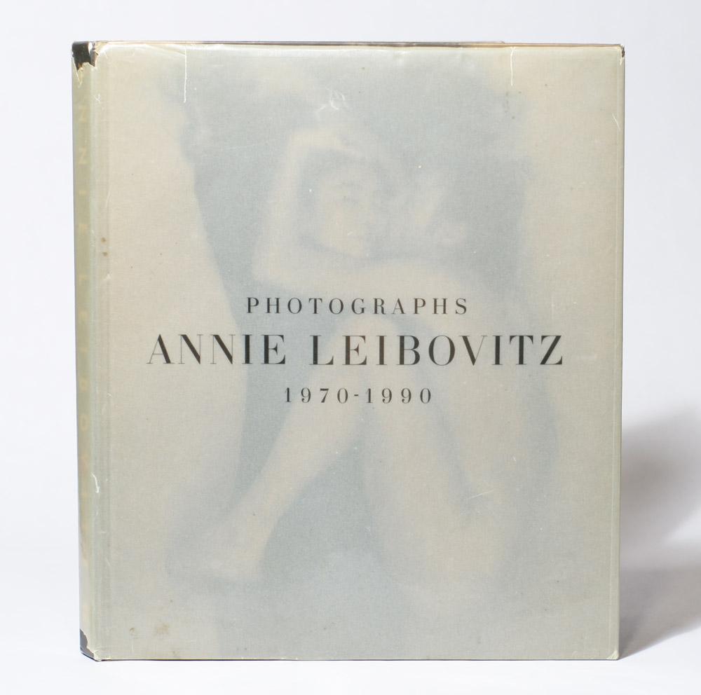 Leibovitz-front-jacket1